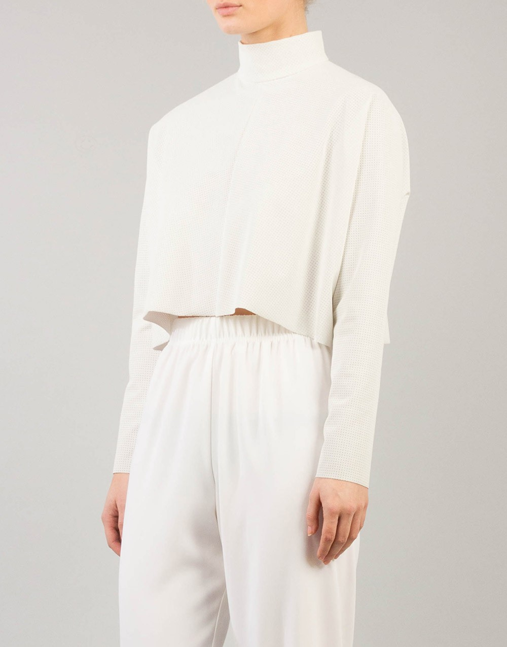 FoA. Avy Top White